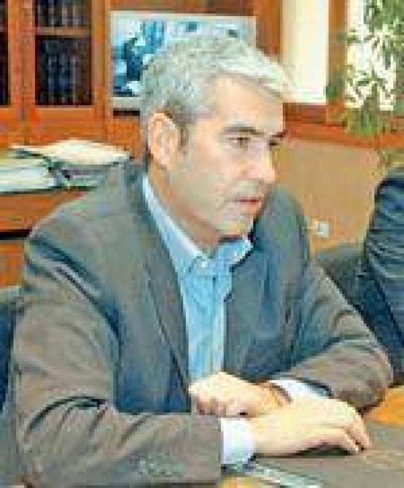 López se reúne hoy con Daniel García y Helmer.