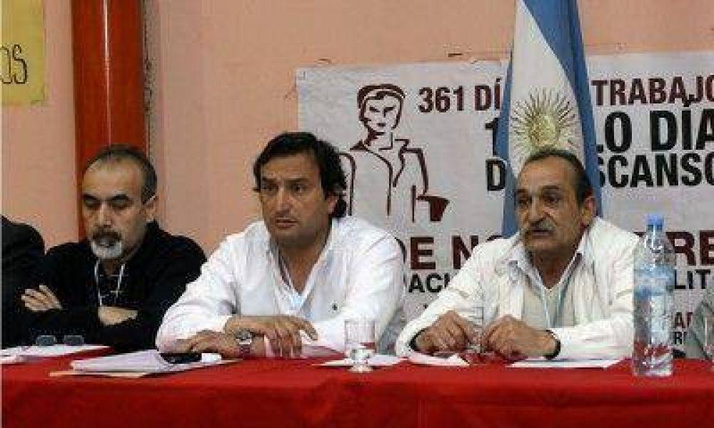 La CGT local se mostró unida y le reclamará a Pérez por 1.000 casas