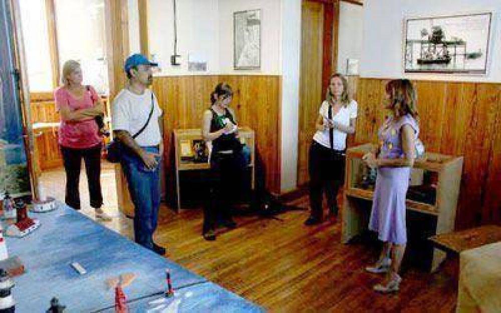 Enviados de medios nacionales visitan Comodoro para su difusión turística.