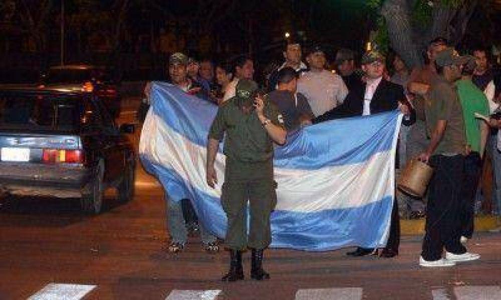 En Mendoza los gendarmes continuaron con los reclamos en la calle
