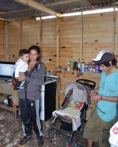 Pirayuí: tienen 16 y 17 años y resisten en la ocupación de terrenos
