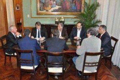 Sectores privado se reunieron con Fellner y hablaron de desarrollo, sostenimiento y trabajos en conjunto