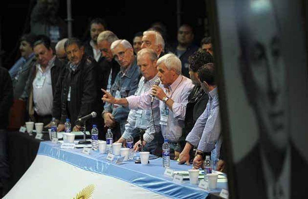 La flamante CGT espera un guiño de Cristina en la reunión del martes