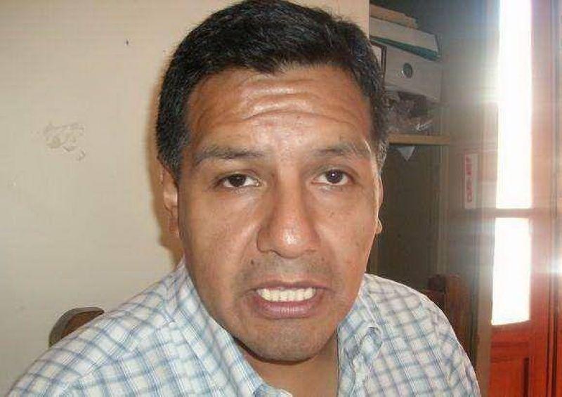 Los docentes de nivel medio de Jujuy recrudecerán las medidas de fuerza, amenazan con sitiar la ciudad.