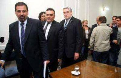 Pérez va por la reelección: ya envió la reforma constitucional