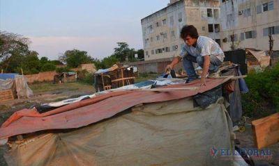 Los okupas del barrio Quilmes denuncian discriminación por la falta de asistencia