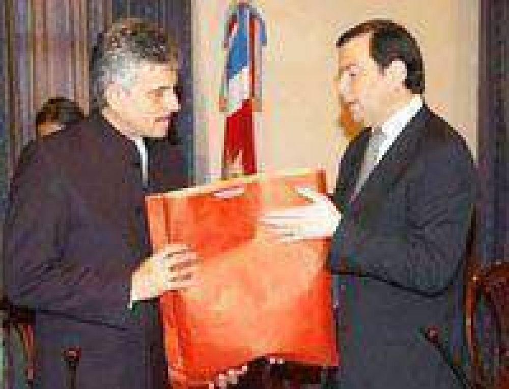 El cónsul honorario de la India visitó ayer a Zamora.