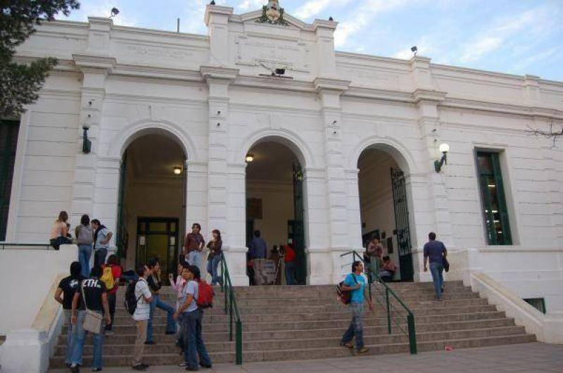 Ma�ana inicia paro de 72 horas en las universidades