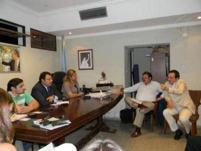 Piden que los funcionarios de Natalia Soria tengan domicilio en Valle Viejo
