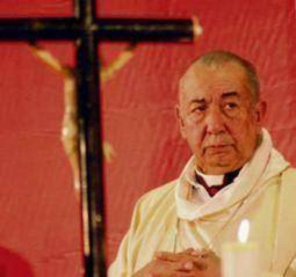 """Para el obispo riojano, la homosexualidad """"es un desorden mental"""""""
