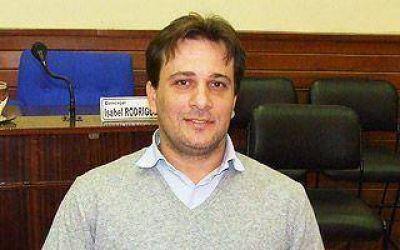 AVELLANEDA: Acusan a la oposición de haber tomado partido en la interna PJ
