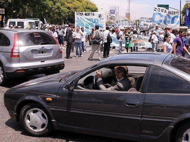 Comenzó la protesta de la CTA opositora, y ya hay varios cortes de tránsito