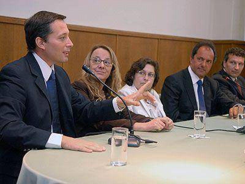 ECHEVERR�A | SALUD    Se firm� el convenio para la construcci�n del nuevo hospital