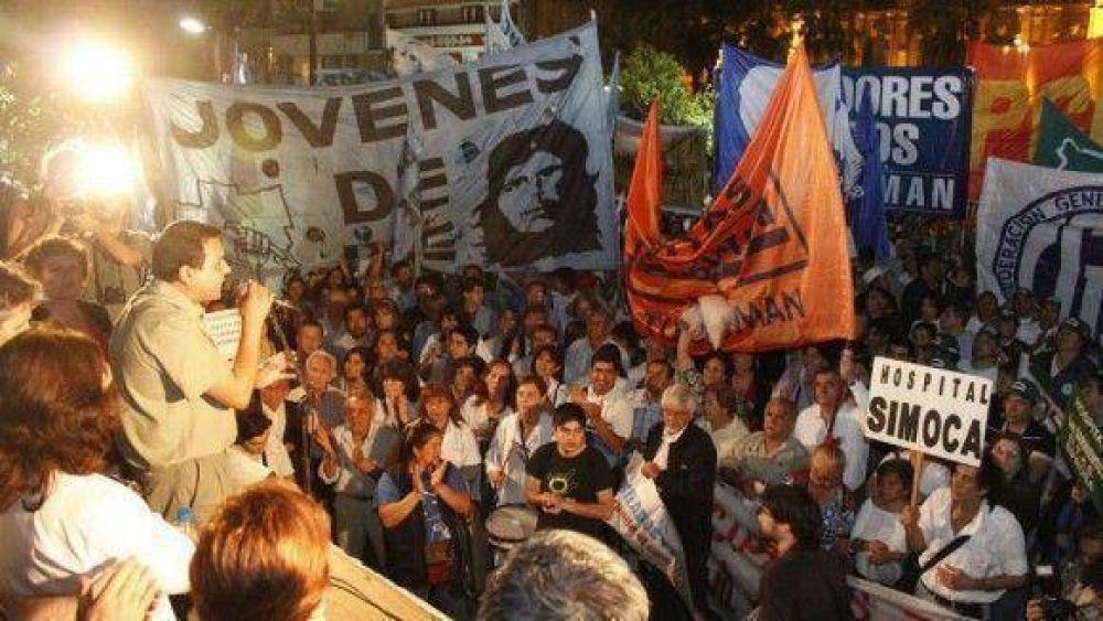 Los reclamos de distintos sectores confluyeron en la plaza Independencia