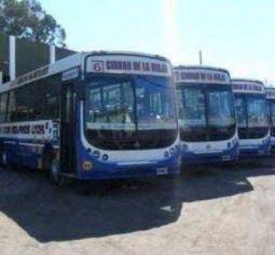 El municipio no descarta intervenir el servicio de colectivos urbano