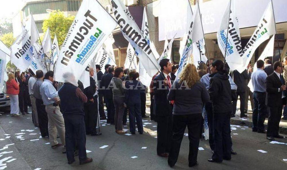 La Bancaria embrolla el tránsito en pleno centro