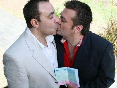 Se celebró el primer casamiento igualitario de la Policía Federal