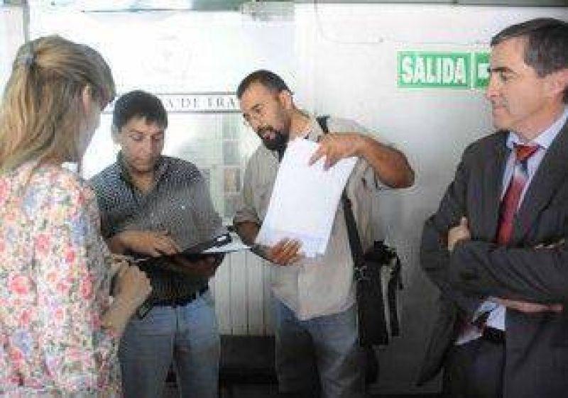 El Gobierno impulsa m�s pases a planta tras reuni�n con los gremios