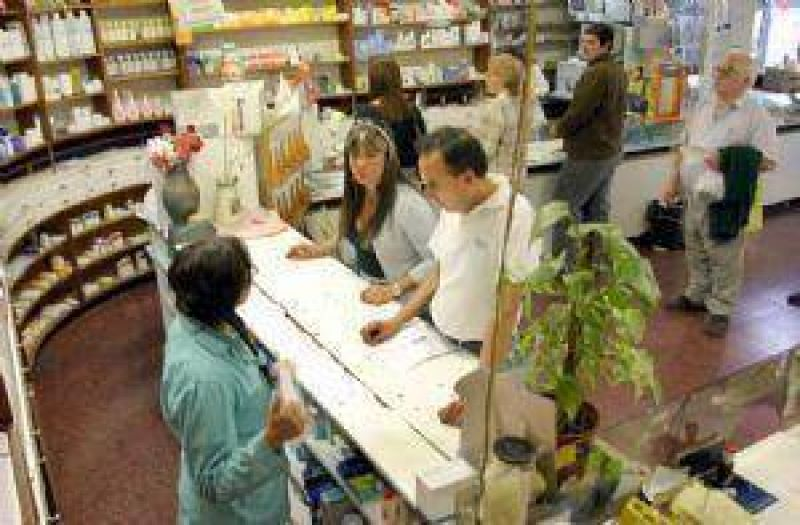 Un nuevo decreto complica la llegada de Farmacity a Mendoza