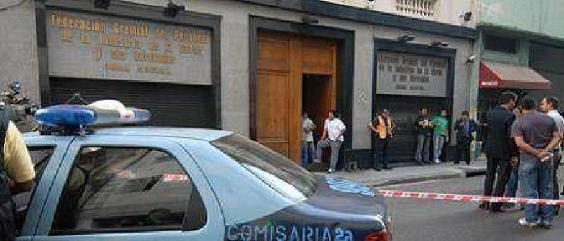 Protesta frente al sindicato de la carne termin� a los tiros