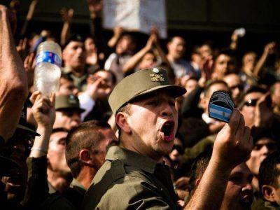 Gendarmes aseguran que mantendrán el reclamo por aumentos salariales