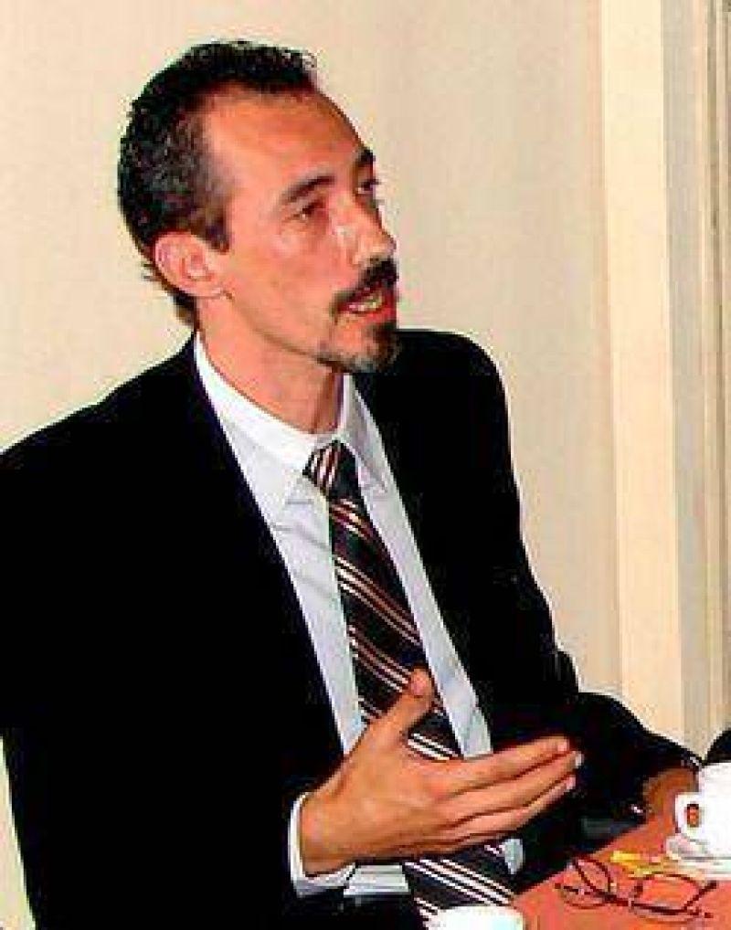 Dr. Alejandro Olivera: �La prioridad debe ser el bien com�n, no las especulaciones electorales�