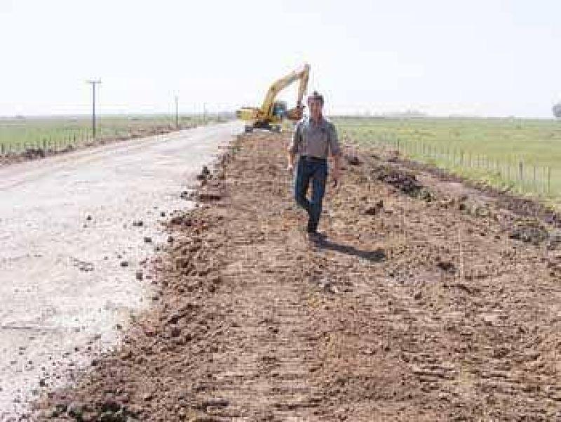 Franetovich visitó la obra de reconstrucción del acceso a Mom