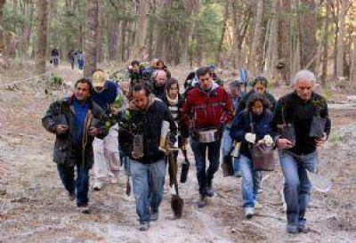 Greenpeace y vecinos realizaron una nueva protesta en tierras de Cerro Bayo