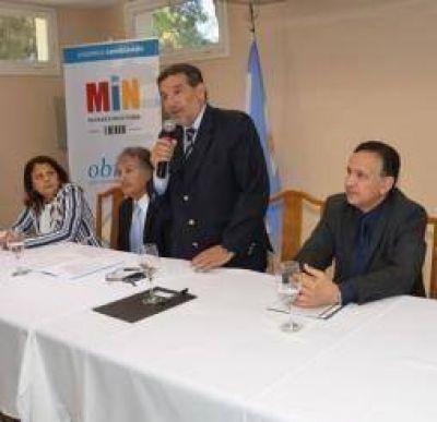 Beder defendi� su pol�tica de lucha contra el d�ficit habitacional