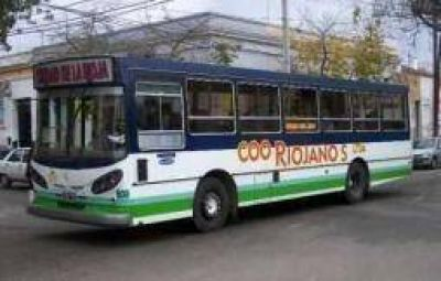 Le quitarán la exclusividad del transporte urbano a Riojano's Ltda.