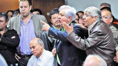"""Moyano cruzó a Recalde por las ART: """"¡No podés ser tan servil al poder!"""""""