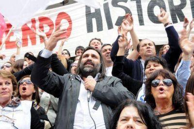 Con críticas a De Lucia, docentes bonaerenses marcharon en La Plata y ratificaron el paro