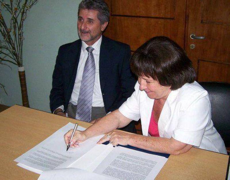 Derechos Humanos y Medio Ambiente firmaron convenio proteccionista.
