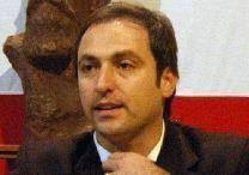 Respuesta de Mestre a Negri: si no hay acuerdo por listas, igual debe haber elecciones internas