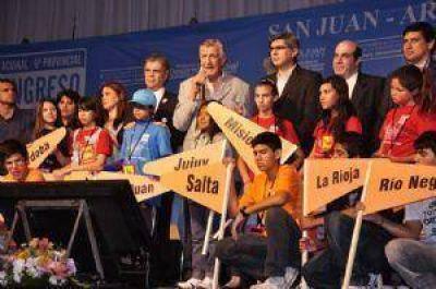 Alicia Kirchner, protagonista en el Congresito y con elogios para los niños