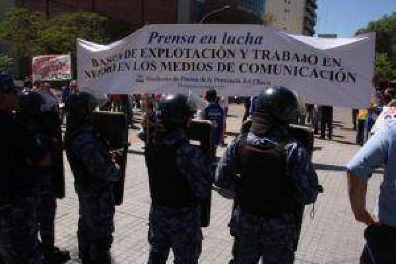 Trabajadores de prensa se movilizaron contra la precarizaci�n laboral