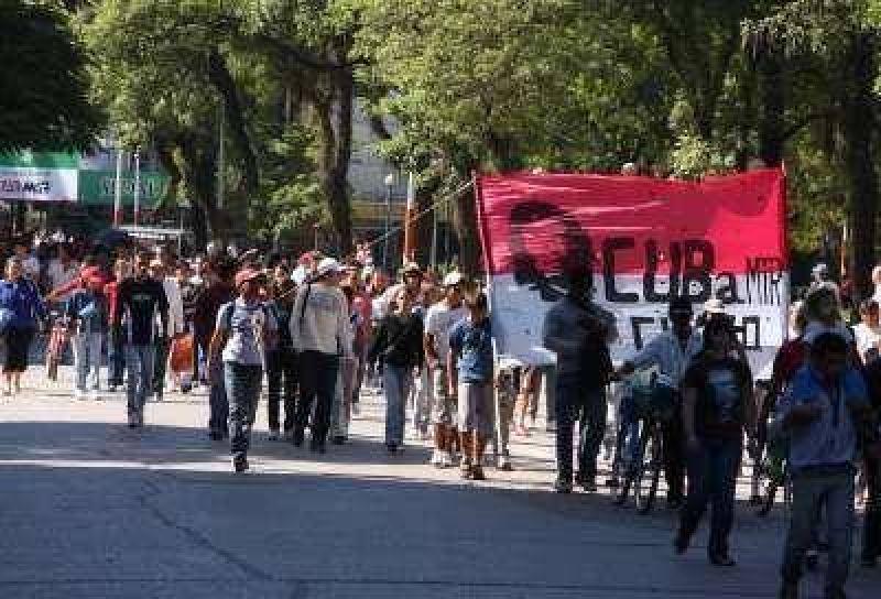 Las protestas coparon el micro centro.