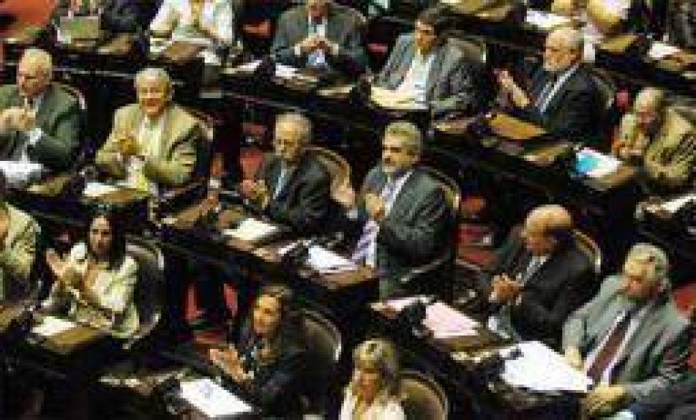 Con apoyo de los 5 riojanos, Diputados votó la reforma electoral