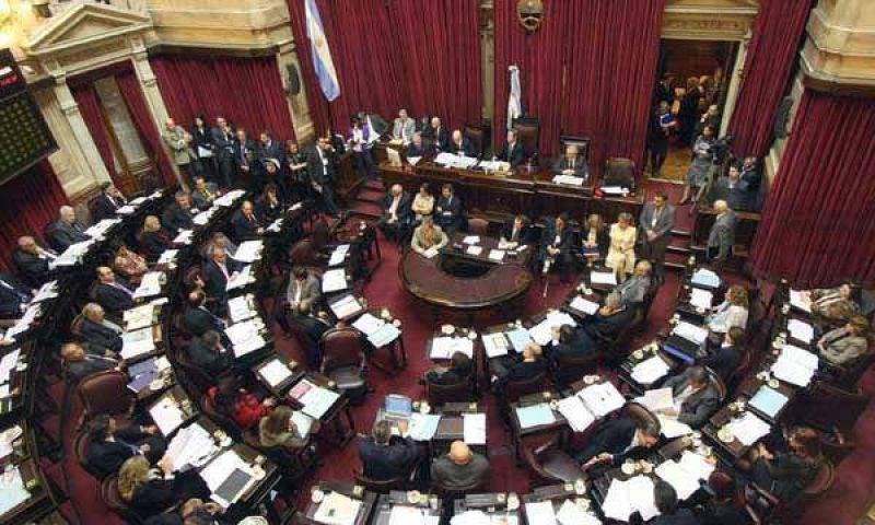 Arranca en el Senado el debate del adelantamiento de las elecciones