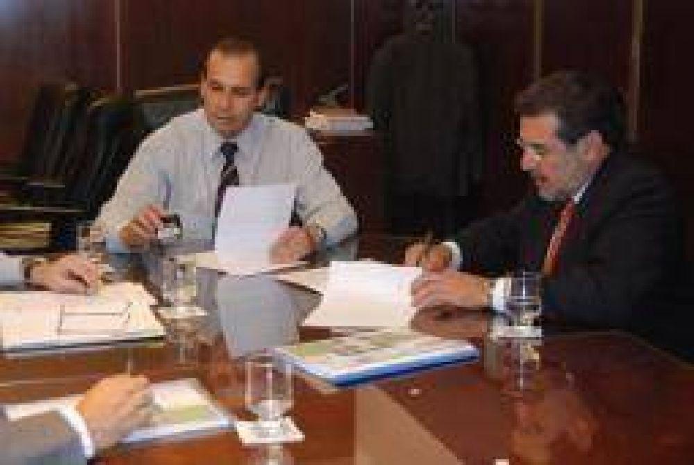 La Nación financiará 50 perforaciones de agua potable
