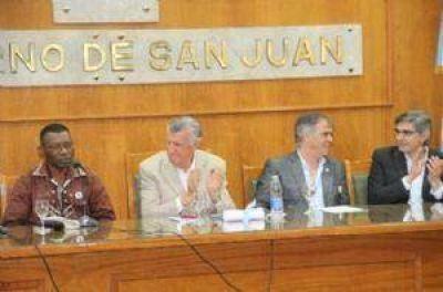 Entregaron beneficios a diferentes programas y proyectos en la provincia