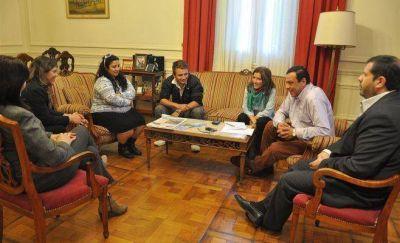 El Intendente recibi� al repartidor de �El Debate� agredido y firm� denuncia penal para que se investiguen las imputaciones de Vogel