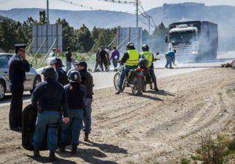 Obreros bloquearon el acceso a San Martín