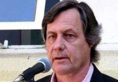 Johnston criticó a Rivero y lamentó decisión legislativa respecto al STJ