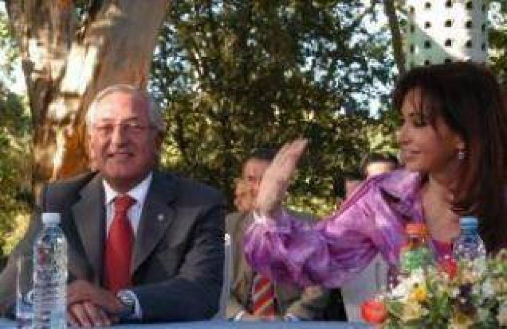 """Para Fellner los anuncios de la presidente """"Llevan tranquilidad a las finanzas provinciales""""."""