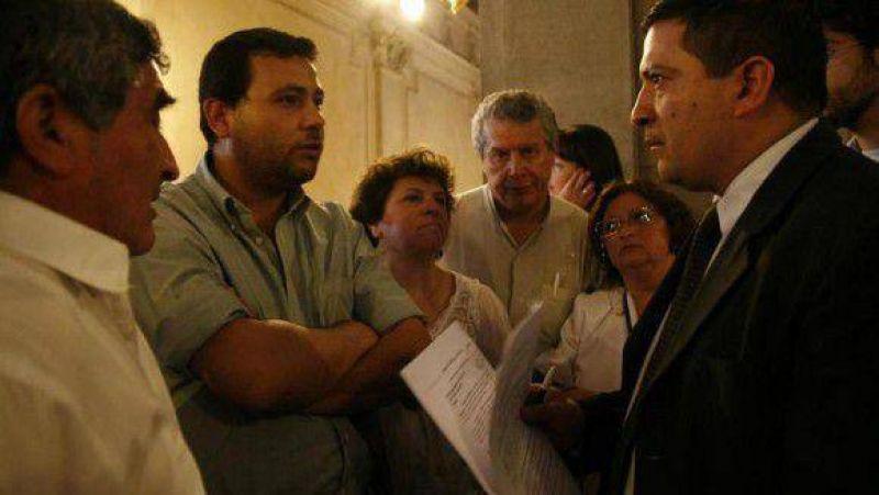 El Frente Intersindical sólo obtuvo el silencio del PE ante sus reclamos sociales y salariales