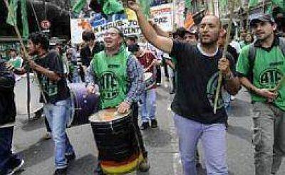 Cruces entre sindicalistas y empresarios tras sanción de nueva ley de ART