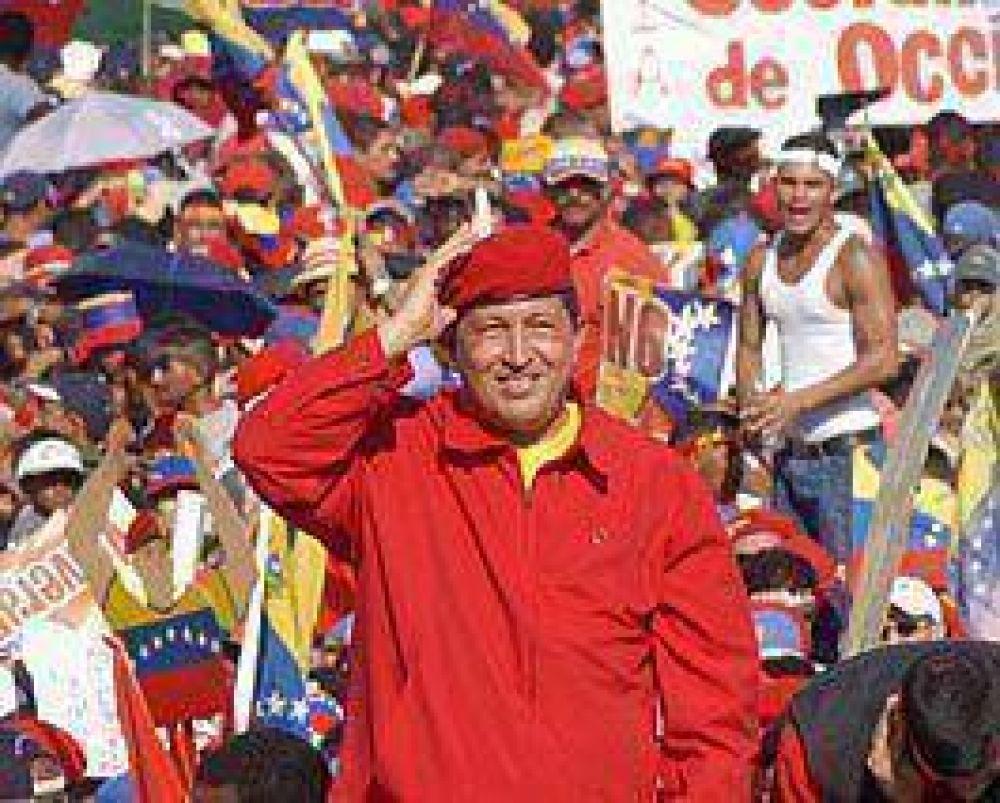 Hugo Chávez vuelve a decir que estatizará el Banco Venezuela, unidad de Santander