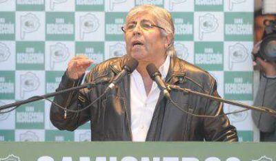 Moyano criticó duramente al gobierno