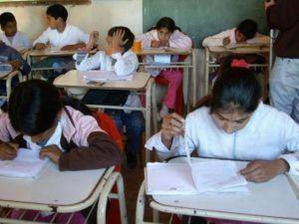 Ante otro paro docente, el gobierno anuncia nuevas propuestas